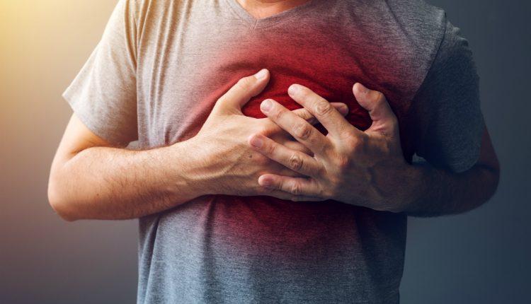 5 significados de uma dor no peito