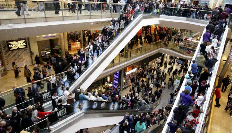 3 estratégias para fugir às multidões nos shoppings