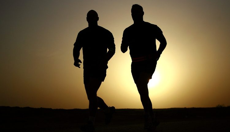 Saiba como começar e as vantagens de um treino HIIT