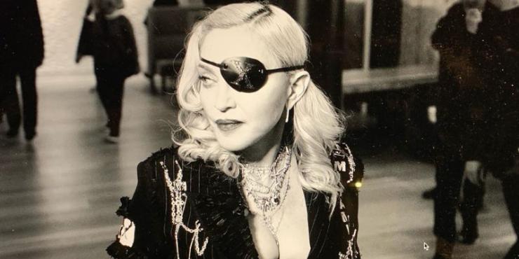 """Madonna lança o seu álbum mais """"português"""""""