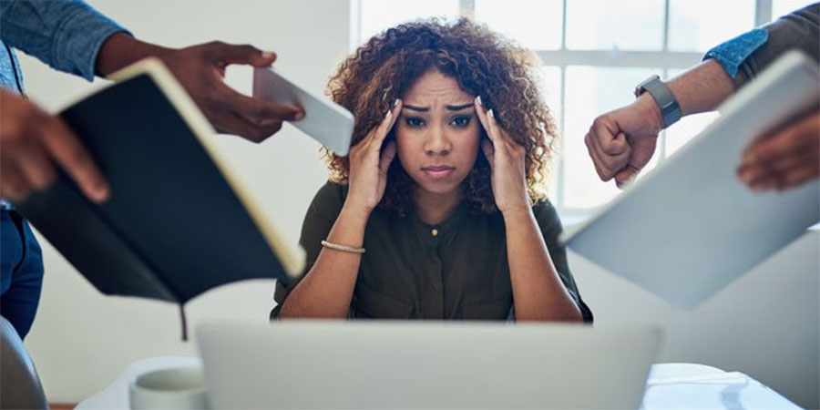 5 sinais (silenciosos) de que o stress está a começar a afetar a sua saúde